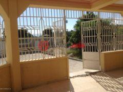 海地4卧2卫的房产