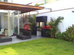 居外网在售秘鲁3卧4卫的房产总占地303平方米USD 530,000