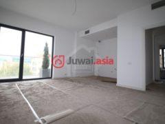 居外网在售罗马尼亚3卧2卫的房产USD 1,368 / 月