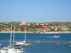 居外网在售葡萄牙波尔蒂芒的房产总占地264200平方米
