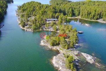 居外网在售芬兰Salo新房的房产总占地23000平方米EUR 985,000