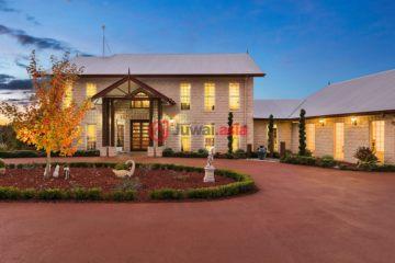 居外网在售U乐国际娱乐Hampton5卧3卫的房产总占地20234平方米AUD 1,400,000
